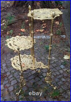 Art French Messing-Beistelltisch Plant Stand 3-stufig Stag Motif