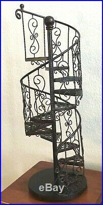 Beautiful METAL Large Spiral Staircase Display Shelf Stand Plants Nick nacks