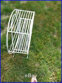 Mid Century Modern Atomic Retro 3-Tier Round Wire Plant Display Stand Vintage