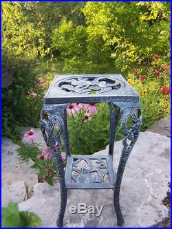 Plant Stand Table Metal Cast Iron Outdoor Flower Pot Garden Vintage Grey Indoor
