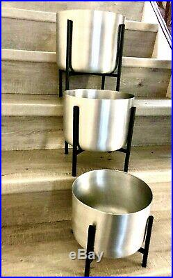 Silver Planters on Stand Set of 3 Large Plant Pots with Individual Pot Racks