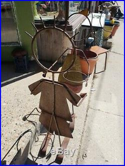 VTG Style Outdoor Metal Boy And Girl Plant Holders Pair Decorative Iron