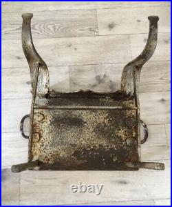 Vintage Distressed Industrial Style Rustic Metal Plant/ Display Stand/Table