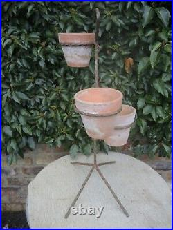 Vintage Metal Plant Stand with 3 Vintage Plant Pots (526)