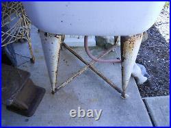 Vintage Wheeling Galvanized Single Wash Tub, Laundry Utility Sink, Plant stand